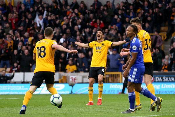 Raúl en festejo de gol contra Chelsea