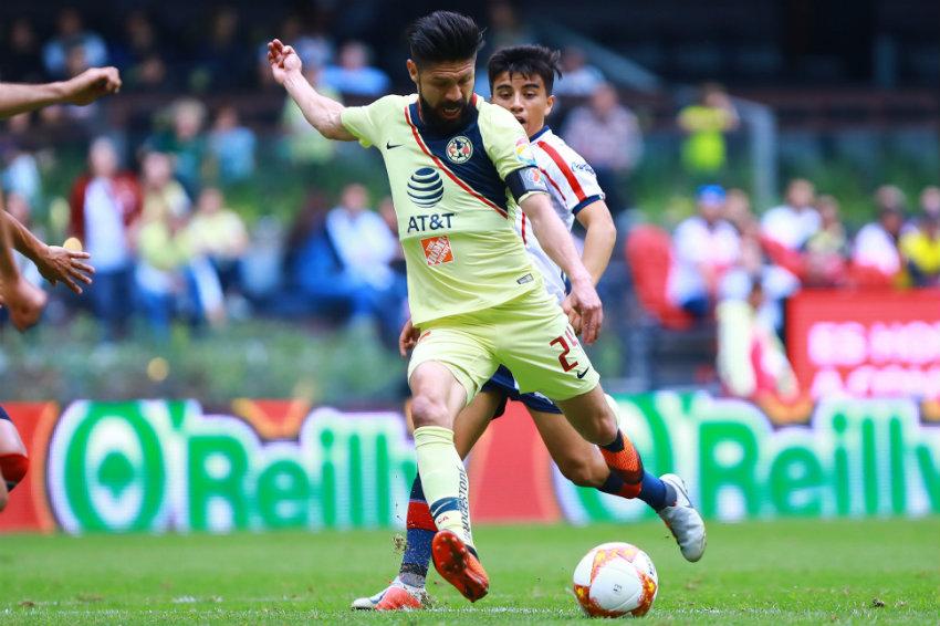 Oribe saca disparo en un Clásico Nacional