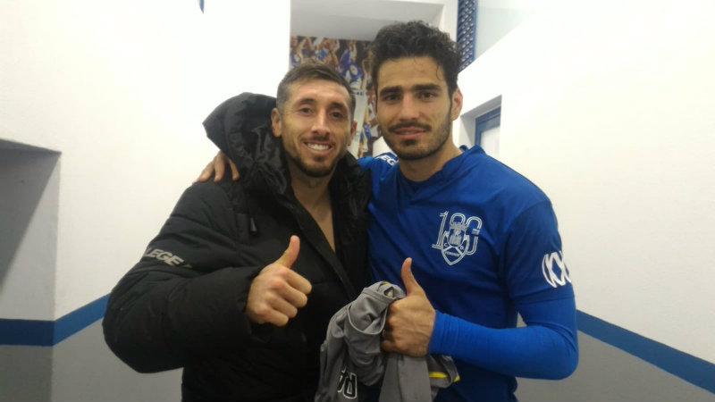 Héctor Herrera y el 'Pollo' Briseño luego de un Porto vs Feirense