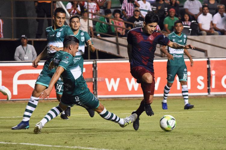 Chofis López, durante el duelo contra Zacatepec