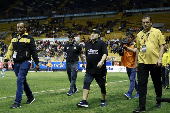 Maradona, después de un partido de Dorados