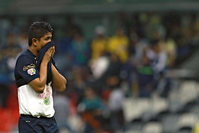 Daniel Ramírez anuncia su retiro del fútbol a sus 25 años edad