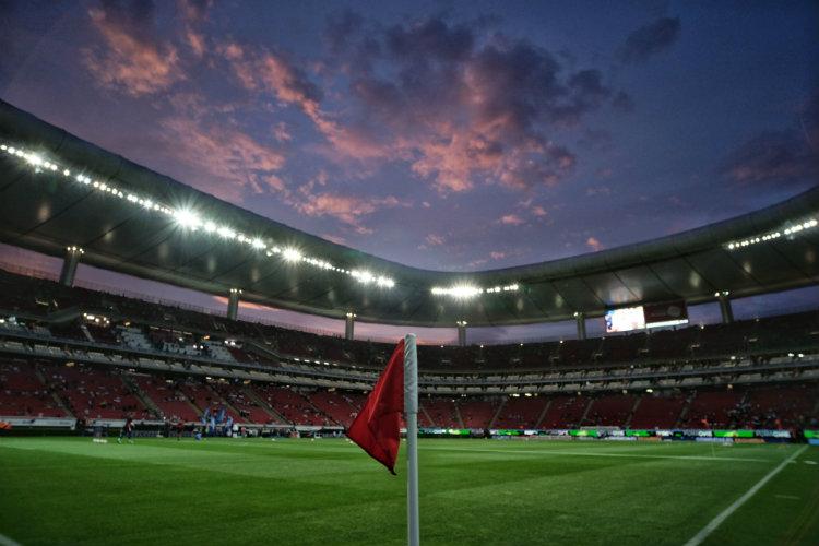 Chivas regalará pedazos de cancha del Estadio Akron