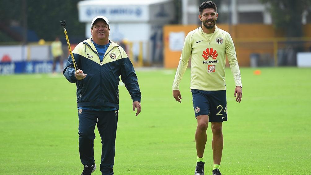 Oribe Peralta no es bienvenido en el equipo — Barra de Chivas