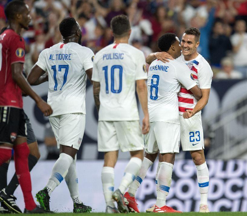 Estados Unidos avanza a Cuartos con goleada sobre Trinidad y Tobago