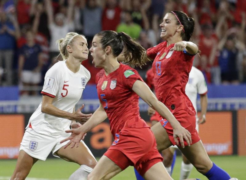 Infantino propone un Mundial femenino con 32 equipos