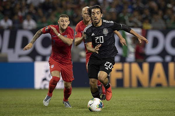 Pizarro tiene cláusula de 10 mdd para equipos de Europa