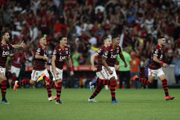 Mario Balotelli negocia con el Flamengo