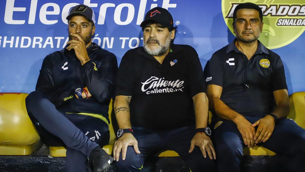 El impresionante regalo personalizado que recibió Diego Maradona