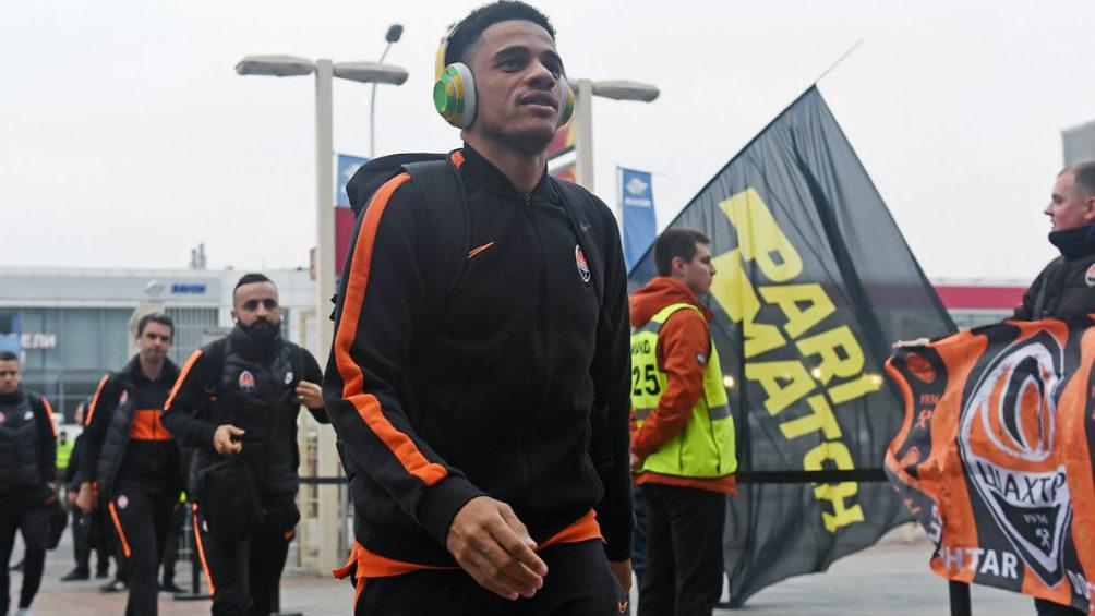 Jugador fue expulsado tras recibir insultos racistas — De no creer
