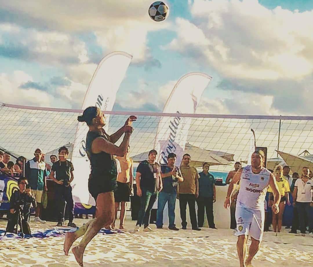 Ronaldinho cerró su desafortunada visita a Cancún