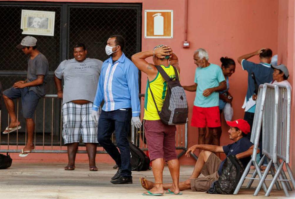 Van a morir algunos, así es la vida: Bolsonaro sobre coronavirus