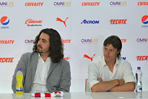 Amaury Vergara quiere firmar a Vela