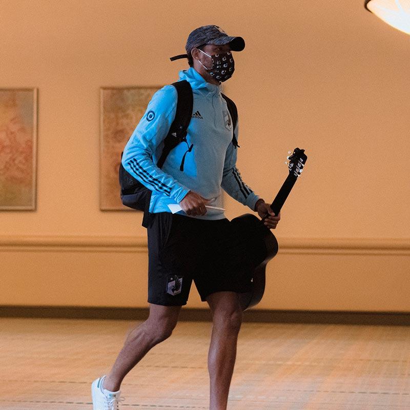 Jugador del Minnesota United a su llegada a Orlando