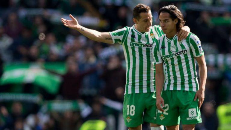 Andrés Guardado y Diego Lainez con Betis
