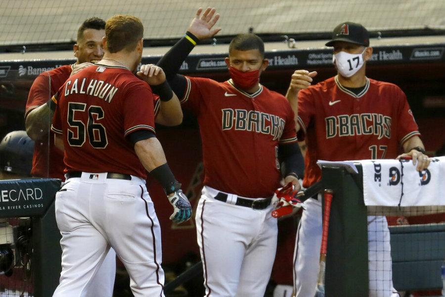Altuve y Correa jonronean en triunfo de los Astros sobre Cascabeles
