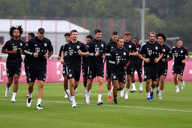 Bayern Múnich humilló a Schalke en el inicio de la Bundesliga