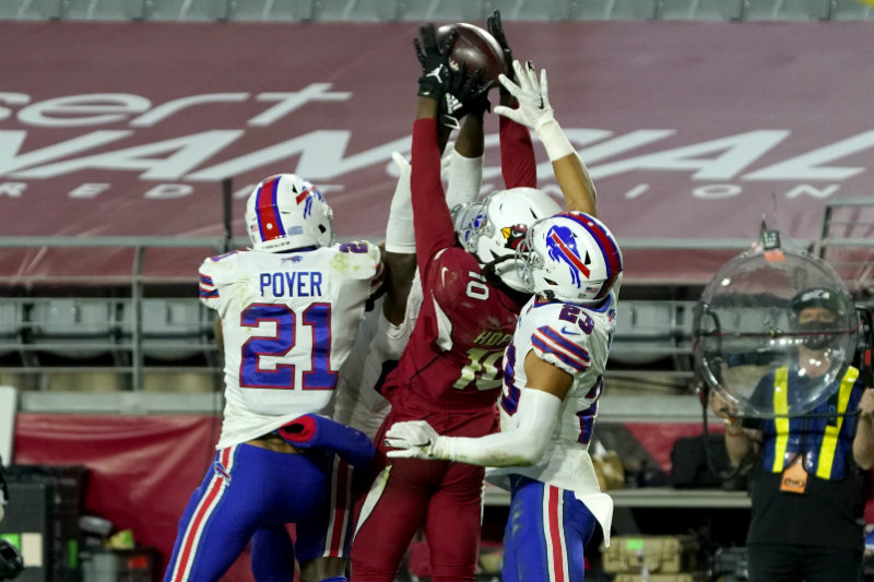 Cardinals vs Bills en partido