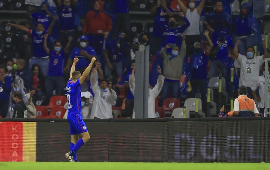 Jonathan Rodríguez celebra gol ante Santos en la Final