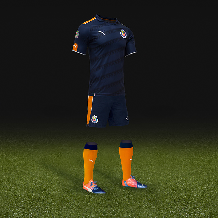 Yükle (700x700)Chivas combina azul y naranja en su tercer uniforme  RÉCORDChivas combina azul y naranja en su tercer uniforme. 3f851c20ee4b0