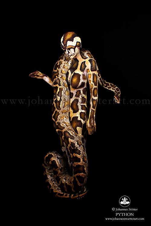 Otro tipo de imágenes que pinta sobre los cuerpos son animales