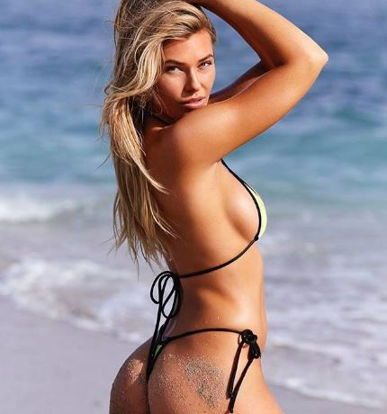 INSTAGRAM @SAMANTHAHOOPES