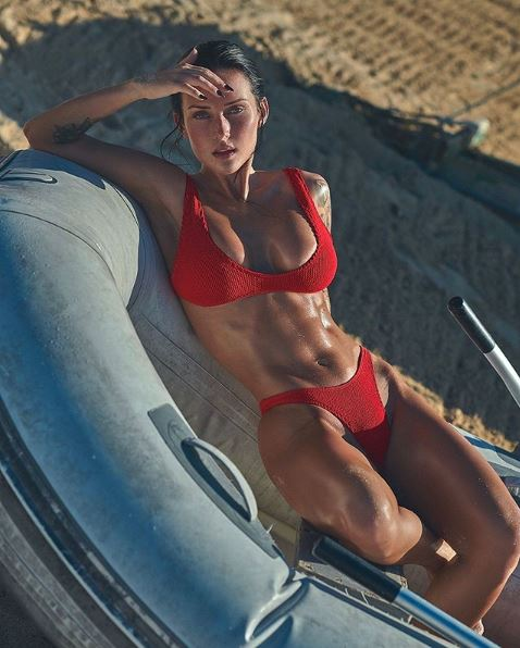 Kayla Lauren, hipnotizante modelo estadounidense