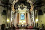 Interior de iglesia de San Antón