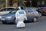 Robot se queda en la mitad de la calle