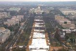 Fotografía panorámica de los asistentes a toma de protesta de Trump