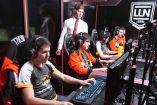 Los jugadores de Lyon Gaming, durante la partida en contra de Dash9