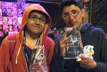 MkLeo y Javi presumen sus trofeos del torneo Civil War
