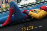 Spiderman descansa en el póster de Homecoming