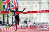 Mary Keitany cruza la meta en el maratón de Londres