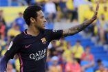 Neymar celebra uno de sus goles en contra de Las Palmas