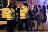 La policía de Manchester atiende a personas tras las explosiones