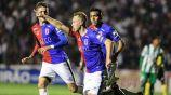 Alemao en festejo de gol con la escuadra de Paraná