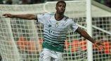 Tavares celebra un gol con Santos