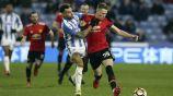 McTominay y Williams disputan un balón en el Huddersfield vs Man Utd