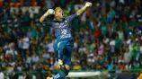 William Yarbrough festeja en juego con León