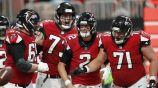 Matt Ryan celebra anotación de los Falcons