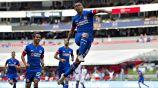 Elías Hernández festeja gol con Cruz Azul en el Azteca