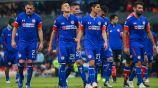Jugadores de Cruz Azul se lamentan durante el Apertura 2018