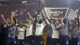 Tottenham celebra haber ganado la Audi Cup
