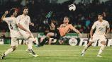 Diogo Jota anota un gol de tijera