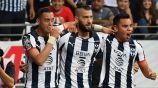 Funes Mori, Nicolás Sánchez y Carlos Rodríguez festejan gol de Rayados