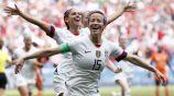 Megan Rapinoe celebra un gol con los Estados Unidos