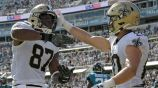 Jugadores de los Saints festejan el triunfo sobre Jaguars