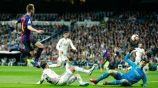 Ivan Rakitic manda a guardar la redonda frente al Real Madrid