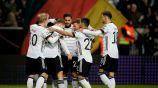 Jugadores alemanes celebrando un gol